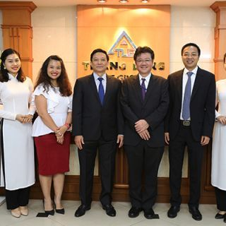 TLE đón tiếp đại diện cấp cao của Hãng Mitsubishi tại Hà Nội